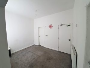 Flat, Oldham Road, Failsworth, Manchester, M35 0AE
