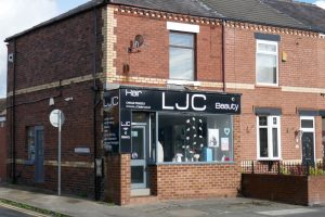 Business Only – Woodhouse Lane, Wigan WN6 7HF